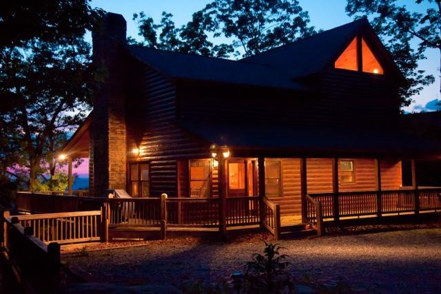 Welcome to your luxury Blue Ridge GA vacation cabin rental home - A Bears Lair - Blue Ridge - rentals
