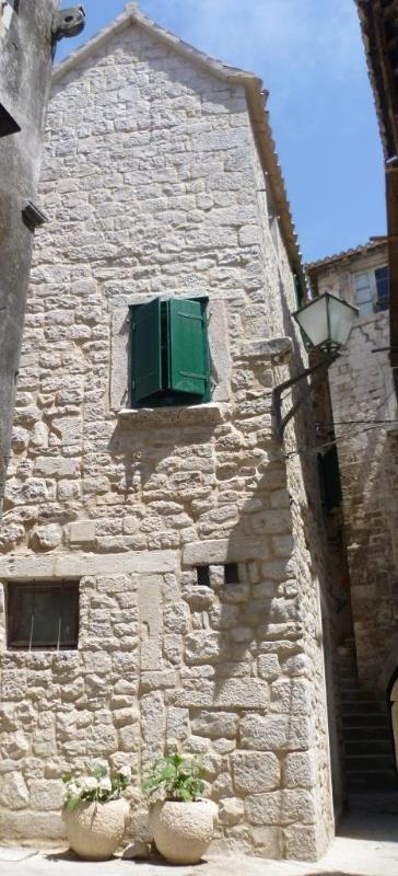 Salona in the old town of historic Trogir, Croatia - Salona - beautiful stone home in Trogir old town - Trogir - rentals