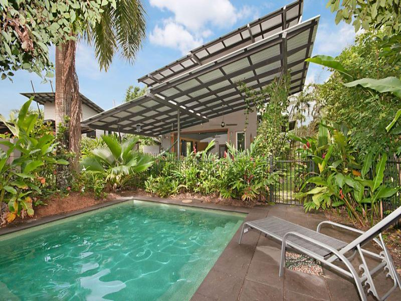 'ESCAPE' TO PARADISE! - Image 1 - Port Douglas - rentals