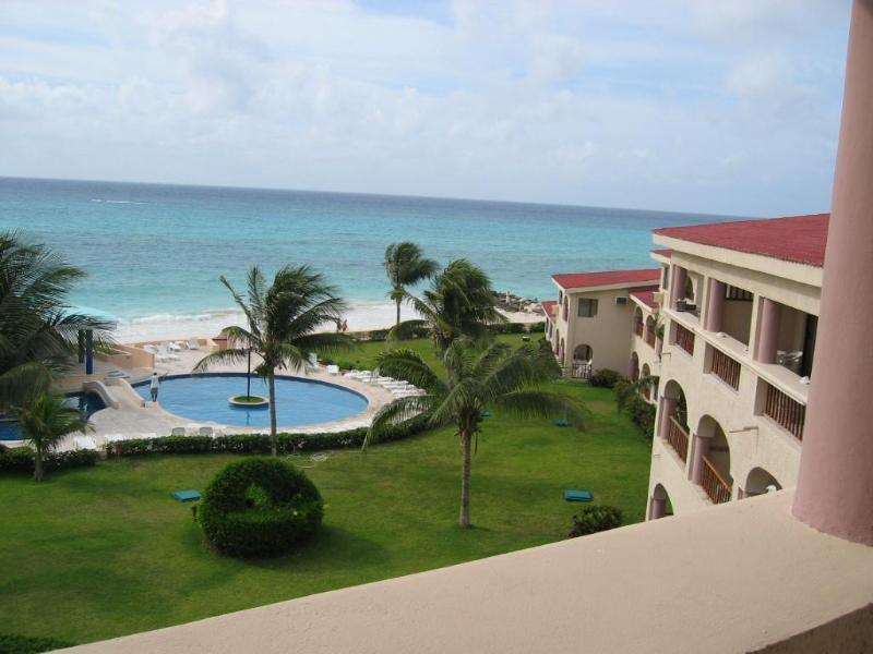 Luxurious Beachfront Penthouse Xaman-Ha (7208) - Image 1 - Playa del Carmen - rentals