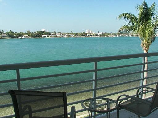 Balcony View - SEA Life's Beauty on Isla del Sol! - Saint Petersburg - rentals