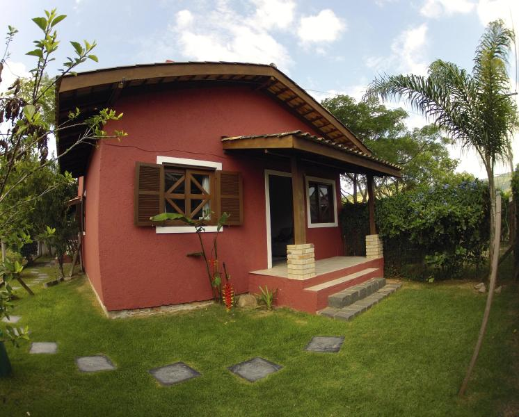 Nice two bedroom house close to the beach - Image 1 - Florianopolis - rentals