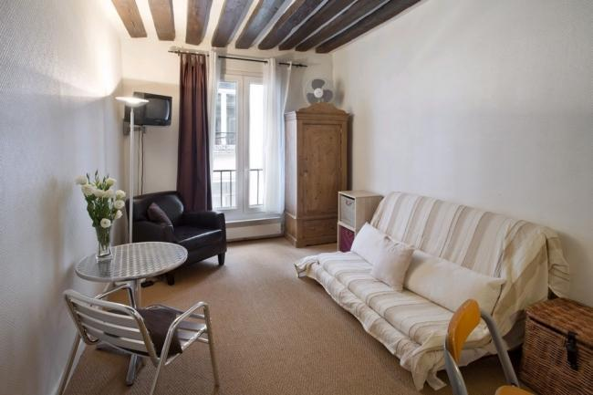 A studio in the heart of Paris between Le Marais and Beaubourg - Image 1 - Paris - rentals