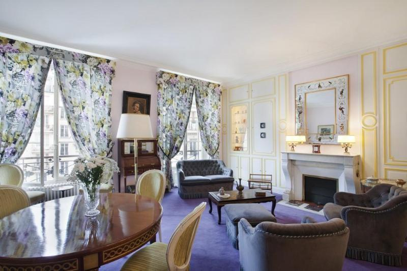 The living-room - Elegant & spacious apt at the foot of Montmarte - Paris - rentals
