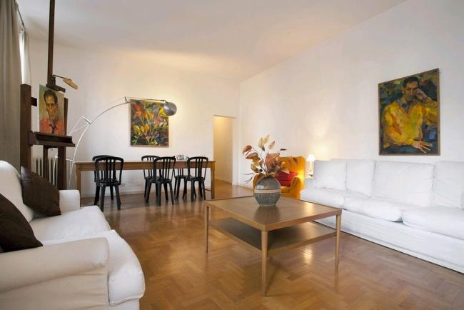 A charming apartment in the heart of the historic district - Image 1 - Rome - rentals