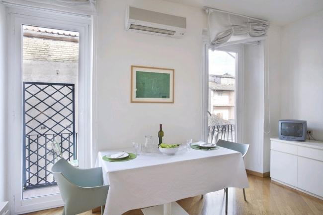 A large studio apartment with a panoramic balcony in Rome's historic district - Image 1 - Rome - rentals