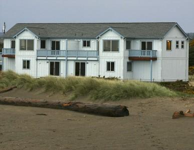 View of Seascape Cottages from the Beach  - Beachfront - Awsome Views & Private Beach Access - Bandon - rentals