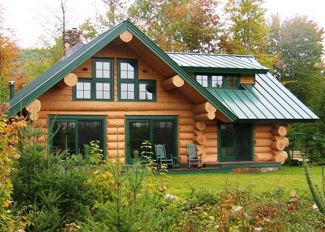 Franconia's The Eaglet Log Home, fashioned & built to replicate the Appalachian Mountain Club Lodge experience, is yours to enjoy in private. - The Eaglet Log Home - Franconia - rentals