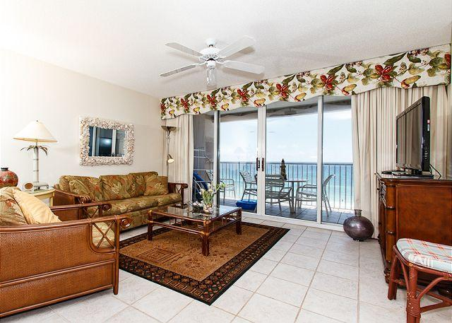 Living Room - IP709:AMAZING 7th floor BEACH FRONT 3BR/3BA!Free Beach SVC,private parking - Fort Walton Beach - rentals