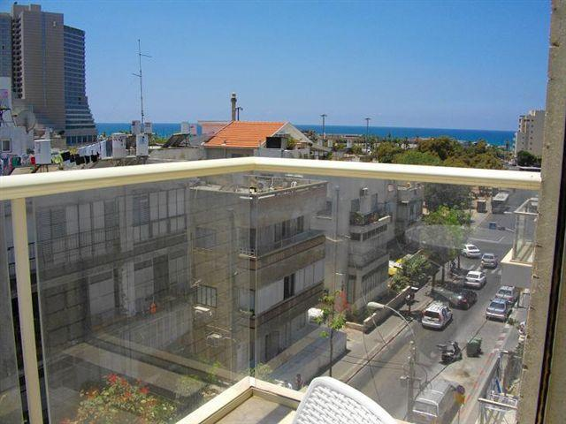 Luxery Roof apartment near beach and Carmel market - Image 1 - Tel Aviv - rentals