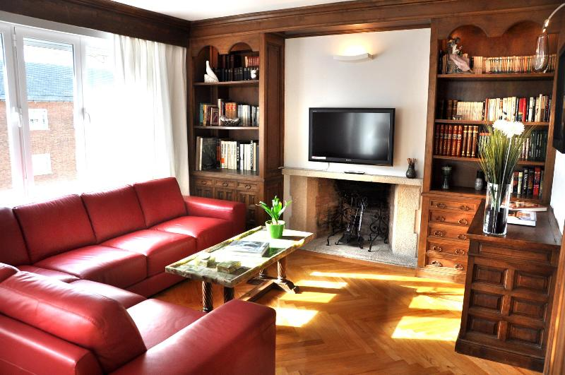 living room - LUX 3 BEDROOMS, in the heart of Madrid's MOST CHIC - Madrid - rentals