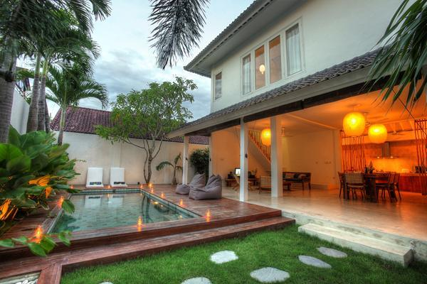 Swimming pool - VILLA  3 BEDROOMS IN OBEROI WALKING TO RESTAURANT - Seminyak - rentals