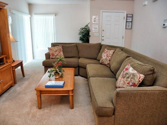 Living Area - SR3P297BJW 3 Bedroom Home with South-facing Pool - Davenport - rentals