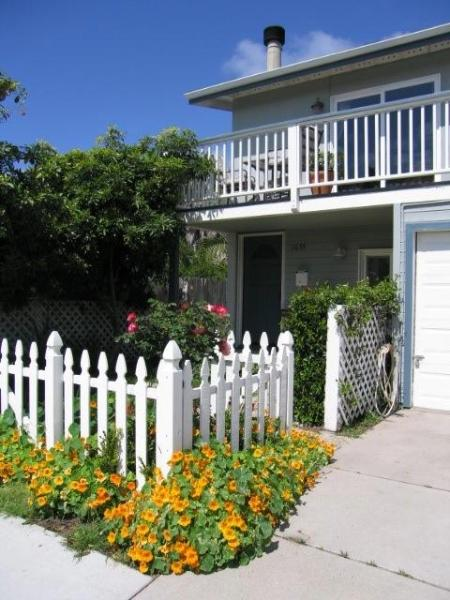 Welcome to your beach house! - Perfect Pierpont Beach house-Ocean view/steps sand - Ventura - rentals