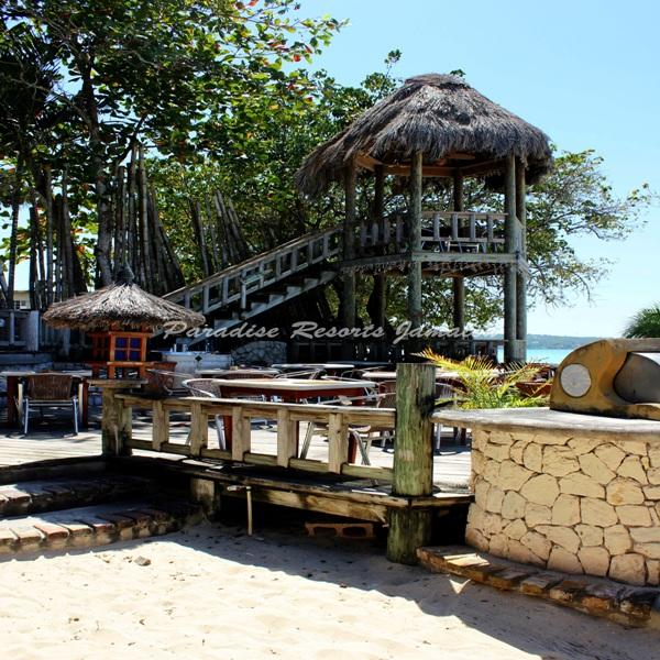 PARADISE PKU - 43737 - AUTHENIC QUEENSIZE COTTAGE WITH RESTAURANT IN NEGRIL - Image 1 - Negril - rentals