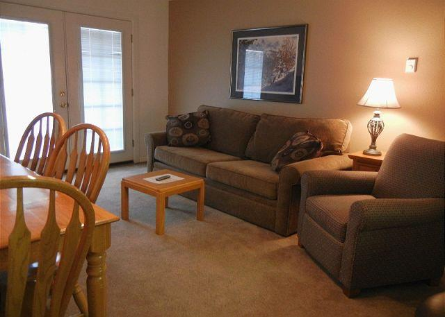 Open floor plan - Alpenrose 1 bed/den - Breckenridge - rentals