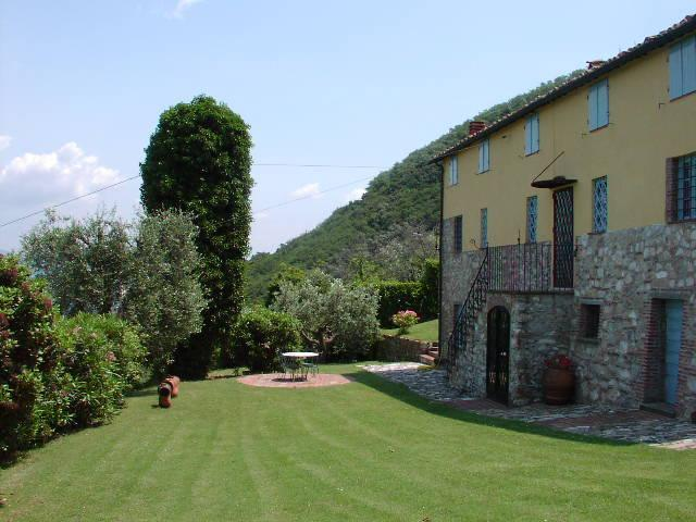 Very nice garden - Tuscany Villa Lucca swimming pool 4 beds beautiful - Lucca - rentals