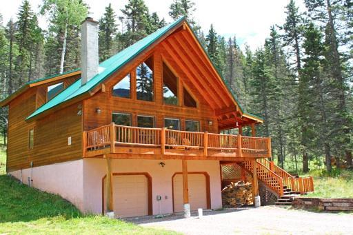 Gorgeous 4 Bedroom Mountain Cabin - Image 1 - Red River - rentals