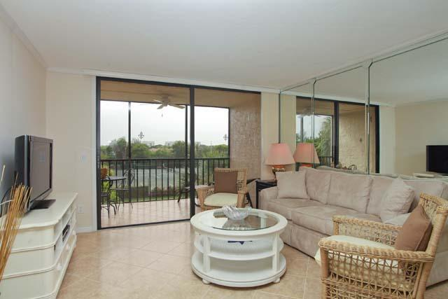 Living Room - Seaplace Condo 306 - Longboat Key - rentals
