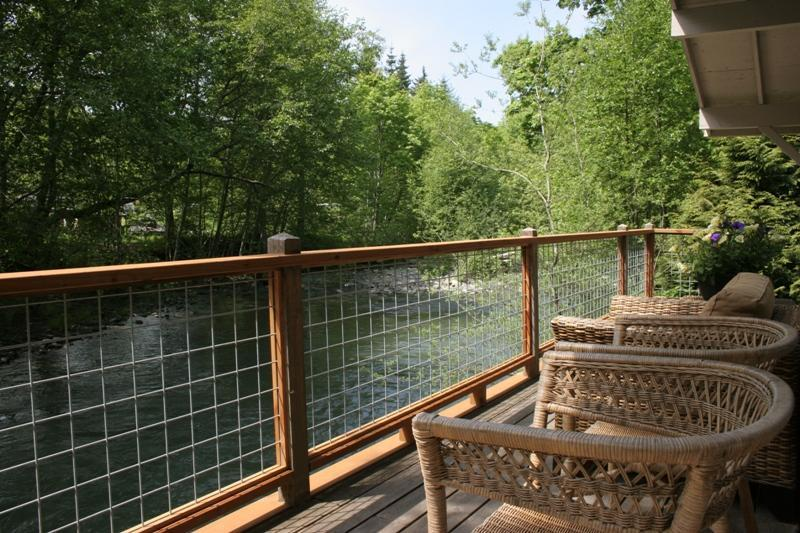 Waterfront Cabin near Olympic National Park - Image 1 - Olympic National Park - rentals