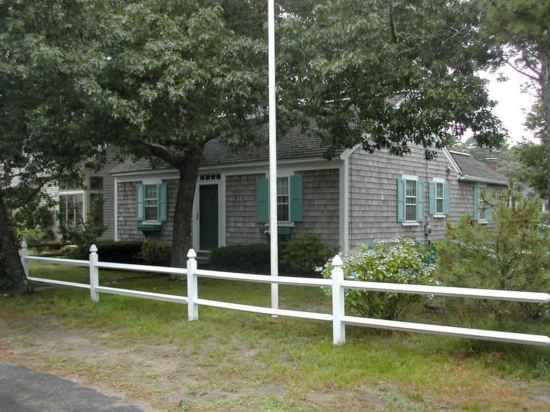 Spic and span West Harwich cottage - Image 1 - West Harwich - rentals