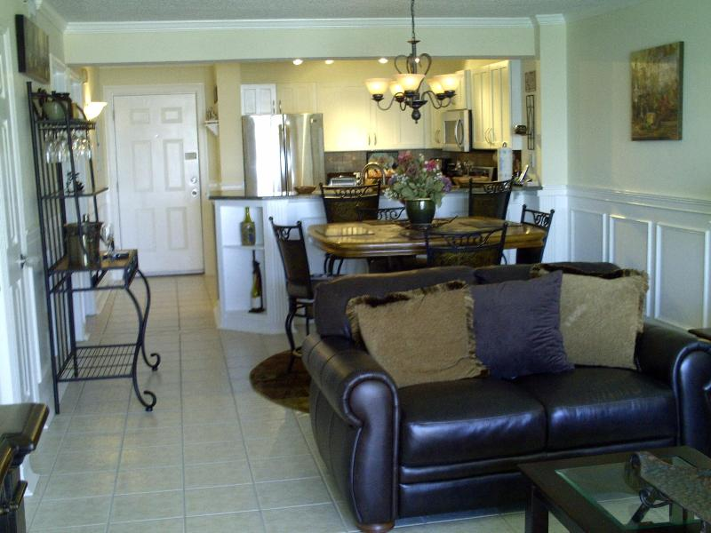 Luxury Fully Renovated Condo- Gulf Front - Image 1 - Destin - rentals