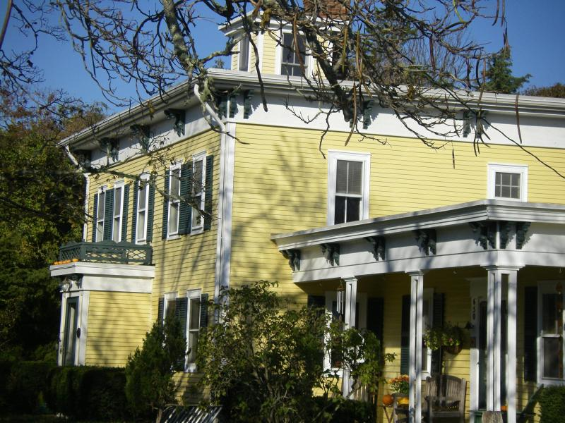 View of house w/cupolafrom driveway - Captain Jonathan Sherman House Circa 1768 - Eastham - rentals