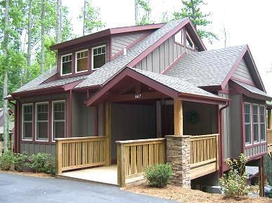 Exterior of House - The Richlands - 3 bedroom home - access to pools - Boone - rentals