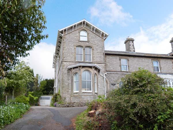 FAIRHAVEN, ground floor wing, two bedrooms, elevated garden, in Grange-over-Sands, Ref 13291 - Image 1 - Grange-over-Sands - rentals