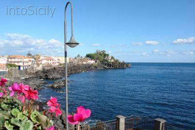 Cute apartment by the sea in Sicily! - Image 1 - Santa Tecla - rentals