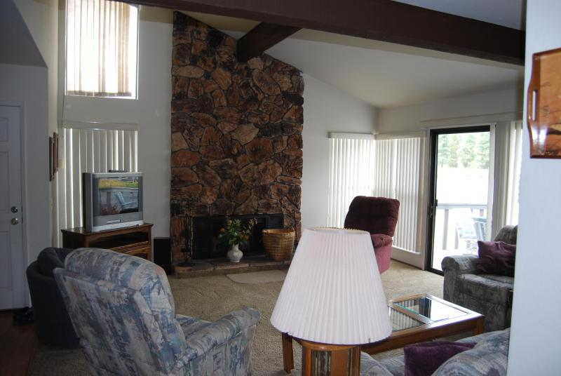 507 PLUMAS PINES GOLF RESORT VILLA 4 BEDROOM - Image 1 - Blairsden - rentals