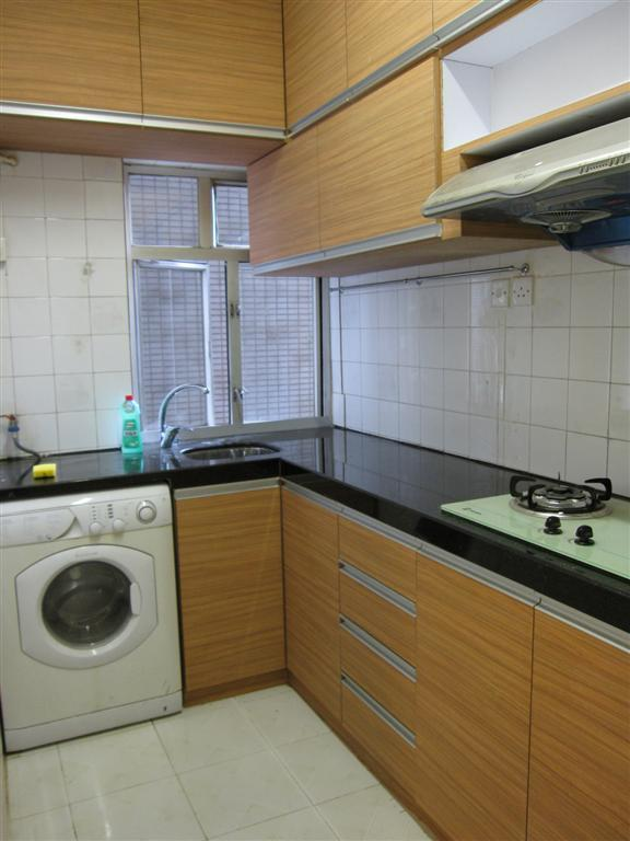 Kitchen - 3 bedrooms with ensuite bathroom in Tsim Sha Tsui - Hong Kong - rentals