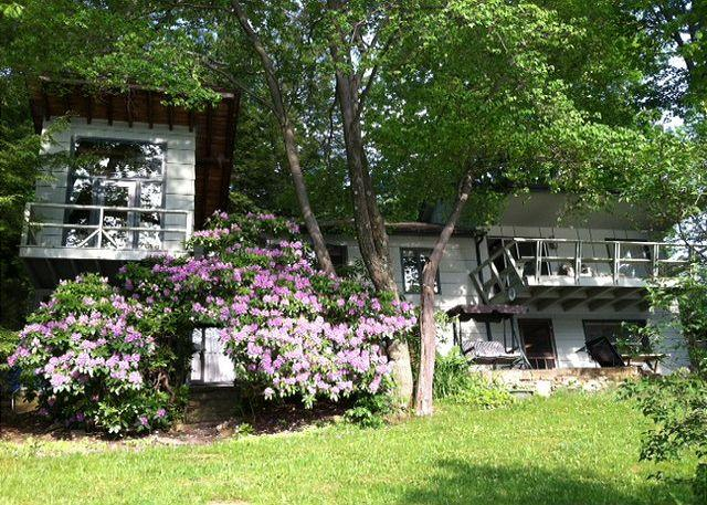Exterior - Sunset Terrace - McHenry - rentals