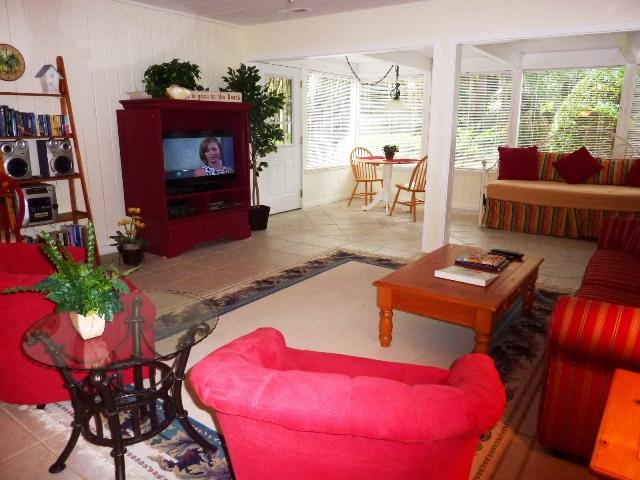 22,Seapines,5 min walk good beaches,WIFI,golf,bikes - Image 1 - Sea Pines - rentals