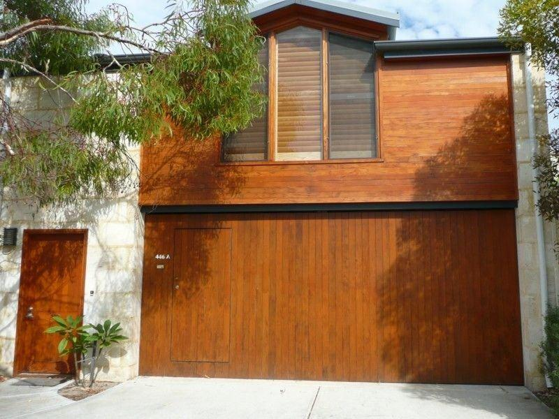 Architect designed for seclusion with your own private street entry and free street parking - Fremantle Beach Studio - Fremantle - rentals