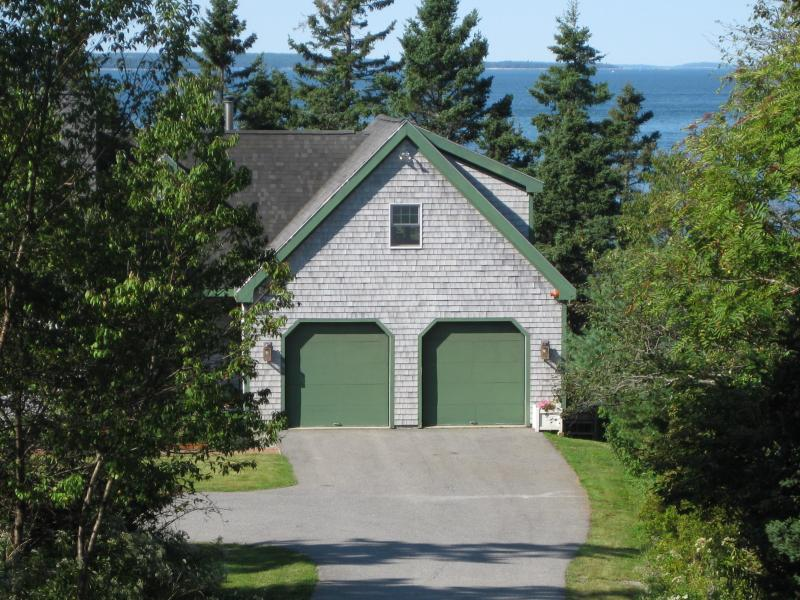 Idyllic 1 BR Oceanfront Apt, close to Bar Harbor - Image 1 - Bass Harbor - rentals