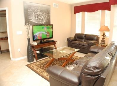 Enjoy the Flat Screen TV in the Living Room - Parksyde Retreat - Davenport - rentals