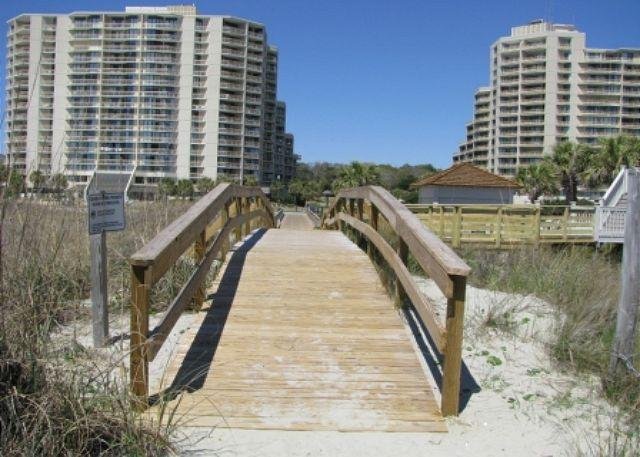 North Tower - Nice 2 Bed, 2 Bath Oceanfront with Massive Views and Reserved Beach Chairs*! - Myrtle Beach - rentals