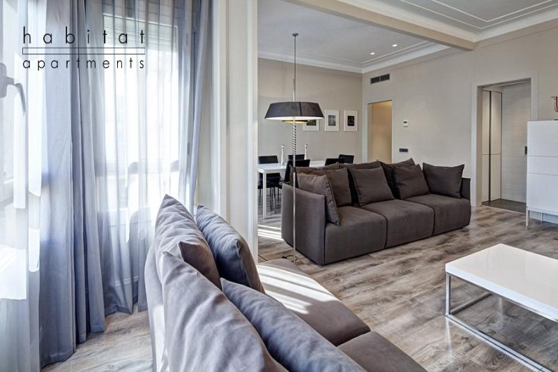 Paseo de Gracia B, the most prestigious location - Image 1 - Barcelona - rentals