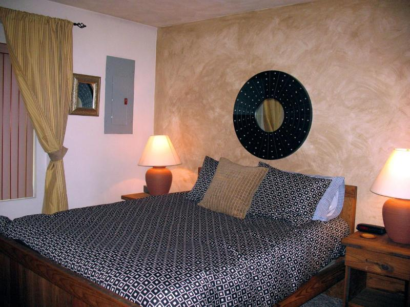 Master bedroom - Casabella - Relaxing Ski Mountain Getaway - Hidden Valley - rentals