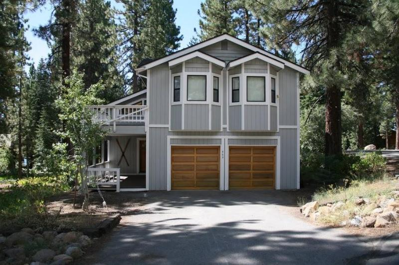 outside view - Tranquil 3BR Incline Village House - Incline Village - rentals