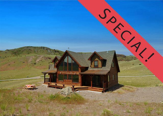Receive $200 off a tour with Greater Yellowstone Guides when you book this home for a stay during the months of September and October. - Arcturus Lodge - Emigrant - rentals