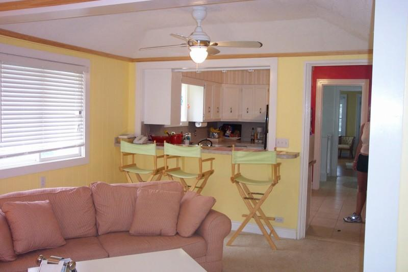 Beautiful Family Vacation Home-Downtown Charlevoix; September Specials - Image 1 - Charlevoix - rentals