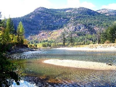 River view from house  - Eagle Sun Chalet - Christina Lake - rentals