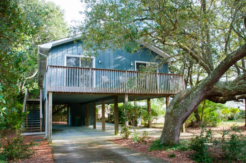 Shell-tering Oaks Cottage - 3 BR, 2 BA - Best Deal - Image 1 - Kure Beach - rentals