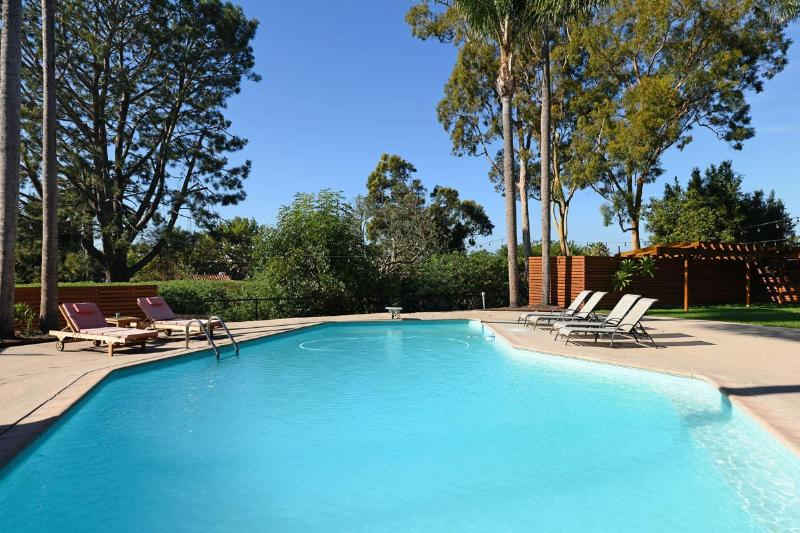 Large private heated pool - La Jolla Shores Mid-Century Modern Pool Home - La Jolla - rentals