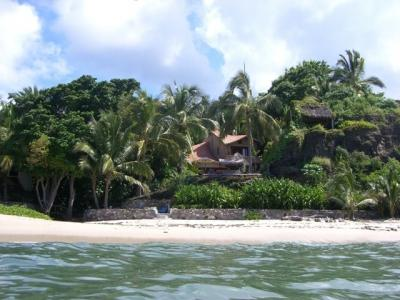 Villa on private surfing beach: Prices for 2-10ppl - Image 1 - Punta de Mita - rentals