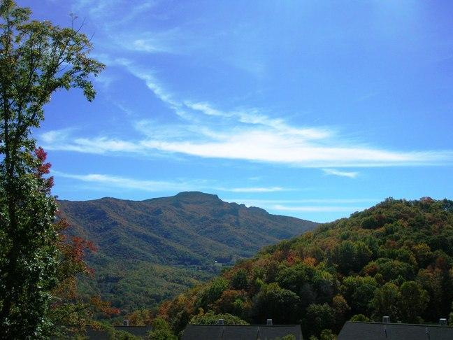 Beautiful Grandfather Mountain View  - Hawks Peak 203, $85 night plus fees, Mtn View - Banner Elk - rentals