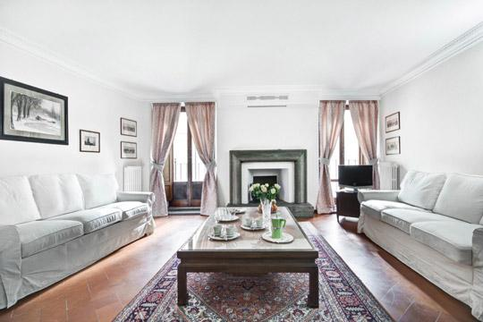 Palazzo Avila 1 **** Cocoon Historical gem (ROME) - Image 1 - Rome - rentals