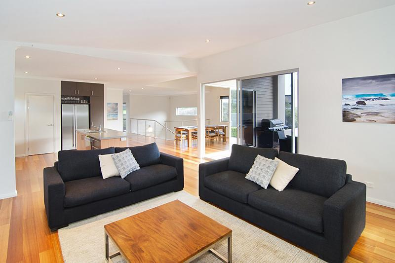Open-plan living area - Grunters Beach House - Margaret River - Gnarabup - rentals